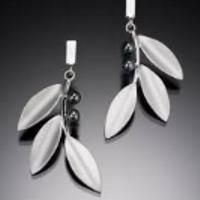 Beth Solomon - Silver Onyx Leaf