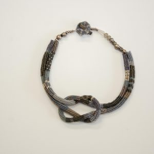 Square Knote Necklace - Gray
