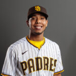 Padres call up third-best prospect in Luis Patiño
