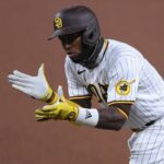 Padres re-sign IF/OF Jurickson Profar to a three-year deal