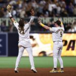 Padres win 5-3, sweep Dodgers
