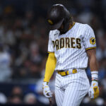 What went wrong with the Padres in 2021?