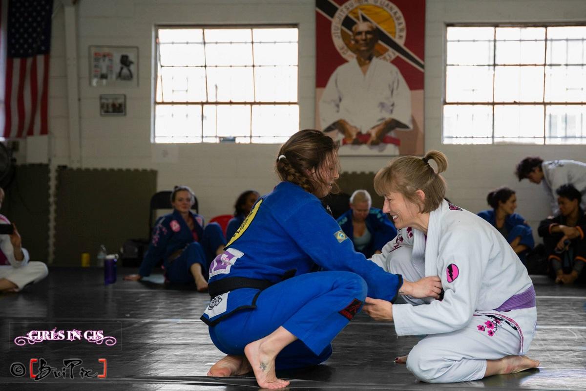 07-25-2015 - Girls in Gis - Denver BJJ Seminars - Makenzie Dern Ladies Seminar at CBJJ Denver HQ - Makenzie rolling with Teri Stewart