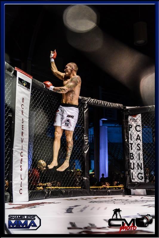 Don Westman - MMA Champion - BJJ Brown Belt - Instructor BJJ Stapleton - Cage