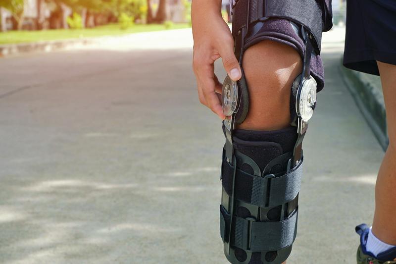 Orthotic, orthotics, brace, braces, custom, flat feet, plantar fasciitis, osteoarthritis, foot, knee, hip
