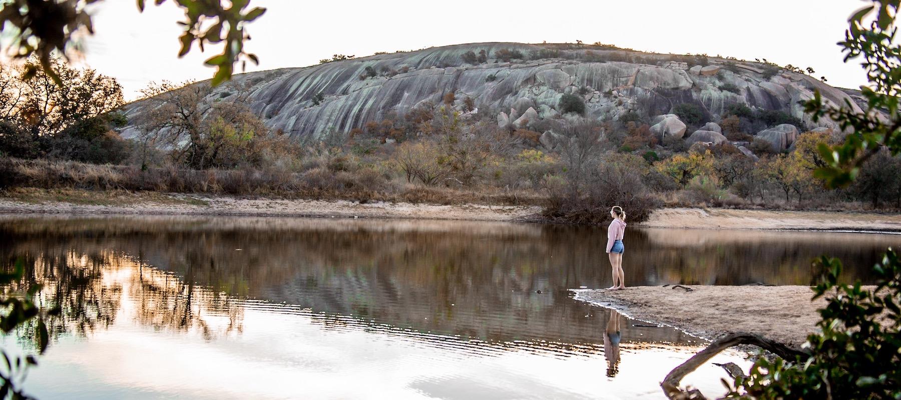 Wild Hixsons Andrea by Water header
