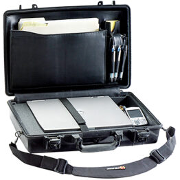 Pelican Protector 1490CC1 Laptop Case