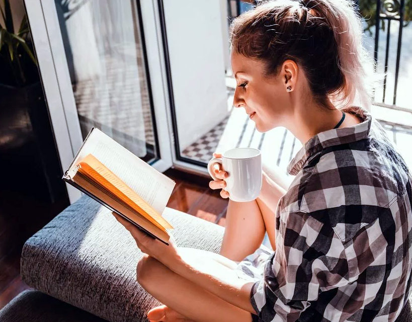 Are You Reading? Top 4 Pragmatic Tips To Start A Reading Habit