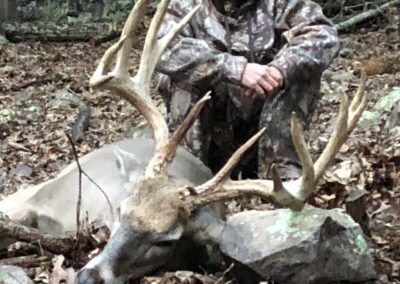 Trophy Deer Hunt MO