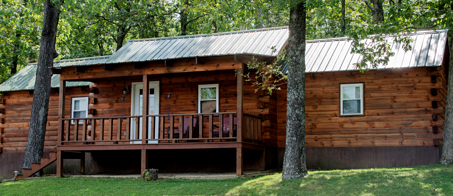 Twin Lakes Whitetails Cabin