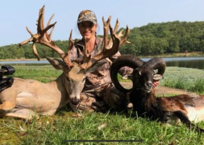 Missouri Trophy Whitetail Deer and Exotic Hunt