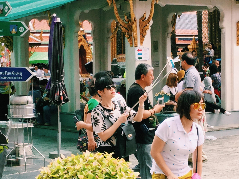 selfie stick bangkok