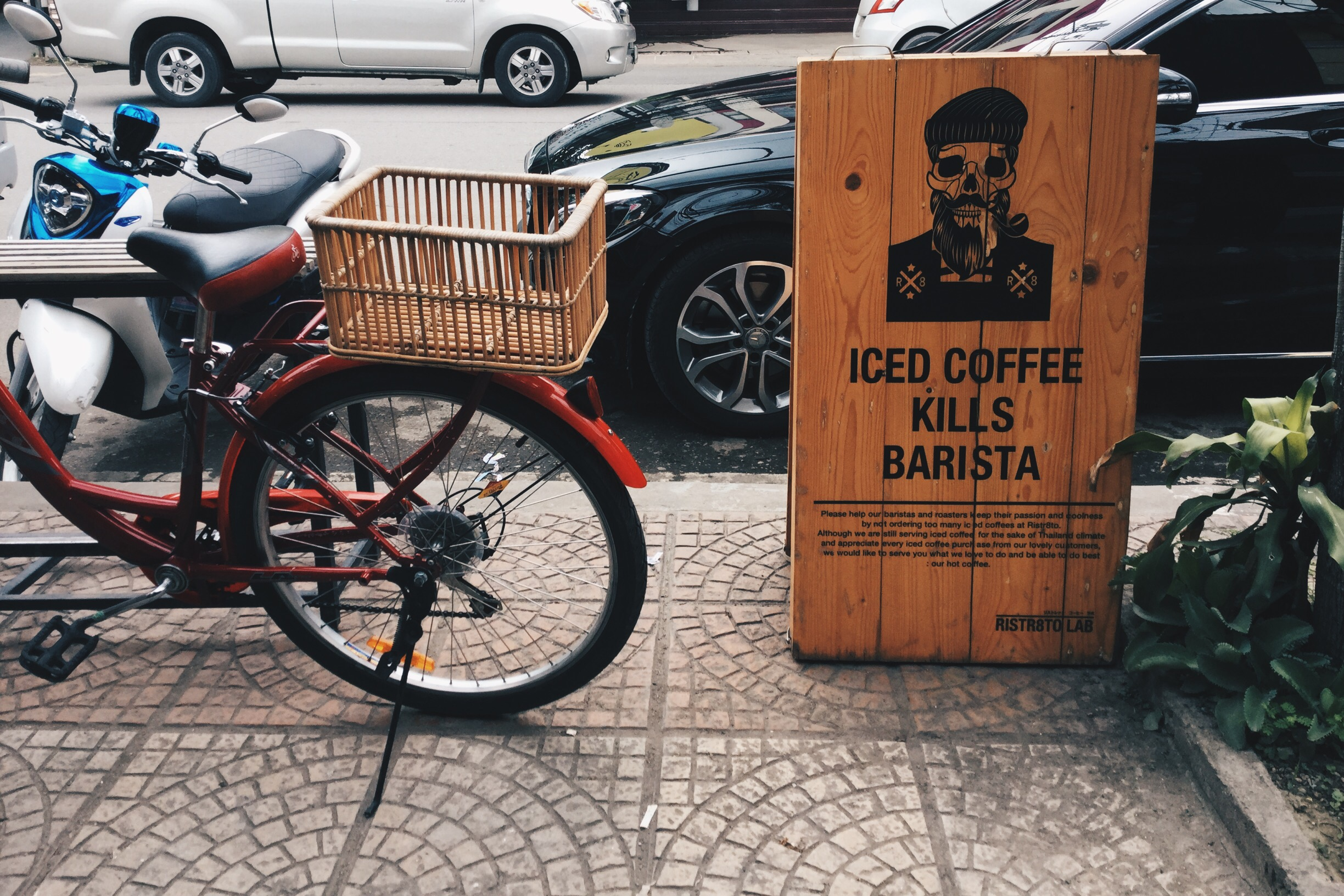 hipster cafe chiang mai