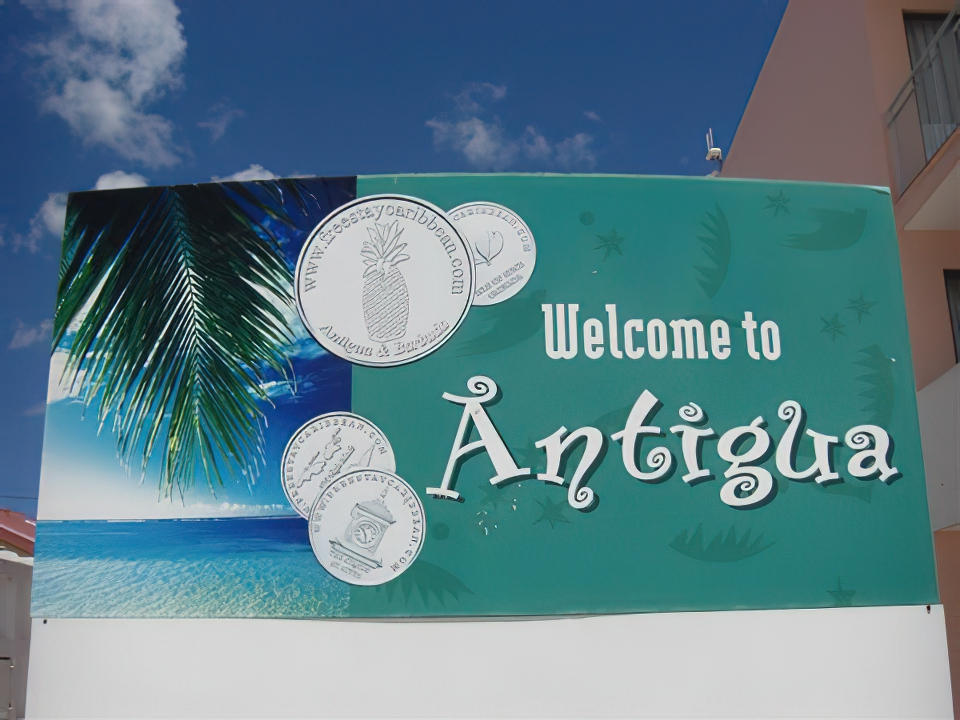 Antigua-welcome-sign.jpg