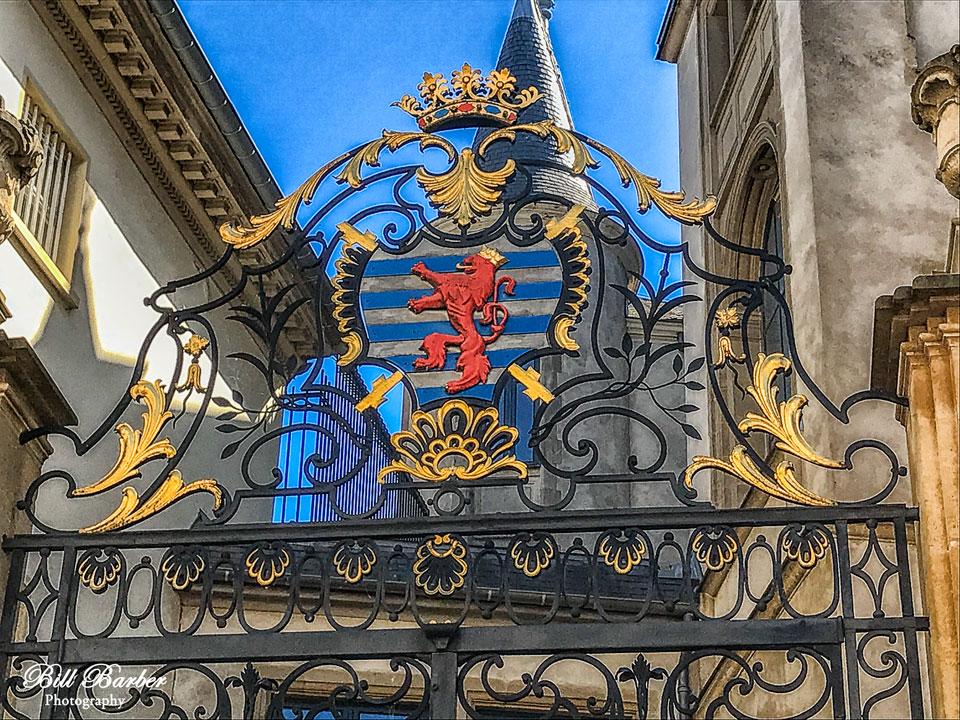 Gate-web.jpg