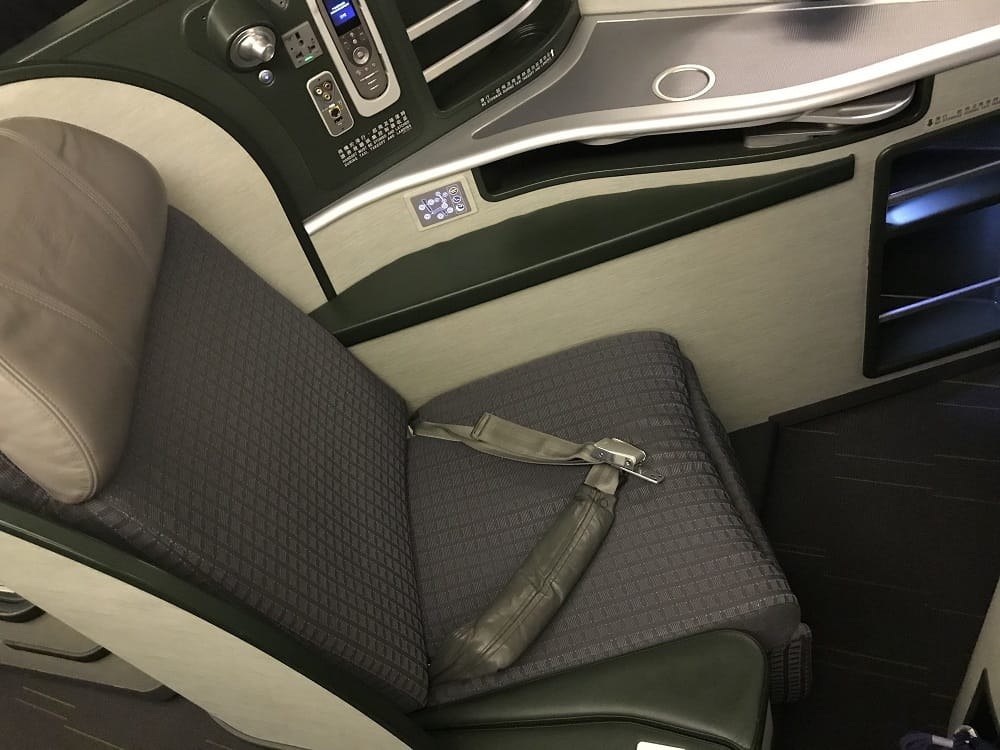 EVA Airlines 777-300ER Business Class Seat