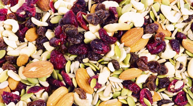 Snacking Smart with Healthy Snacks