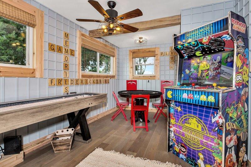 AC-Gameroom 1