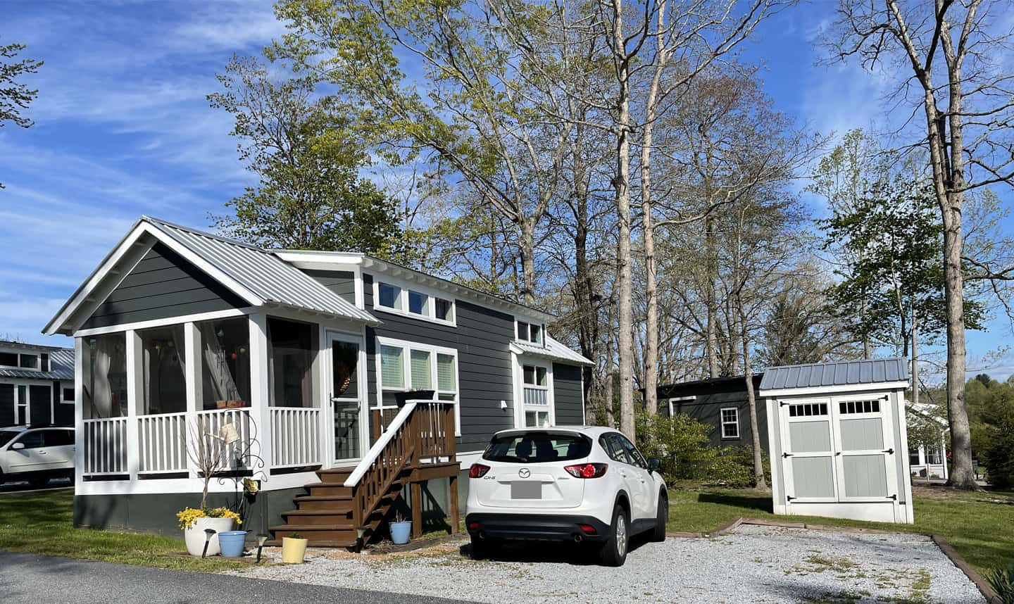 Tiny cottage home for sale Flat Rock NC