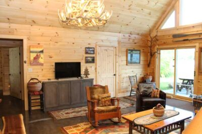 model-log-home-with-floor-plan