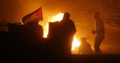 Israel: 83 palestinos muertos y se ordeno el despliegue «masivo» de fuerzas