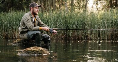 Pescador sobrevivo luego de que accidentalmente se enganchara un anzuelo al corazón