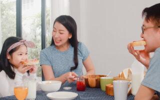 bữa ăn gia đình trọn vẹn