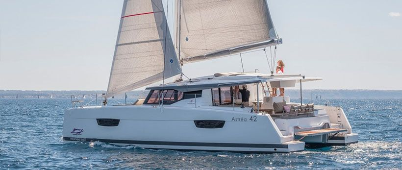Astréa 42 Catamaran Charter Greece