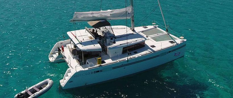 Lagoon 450 F Catamaran for Charter in Greece