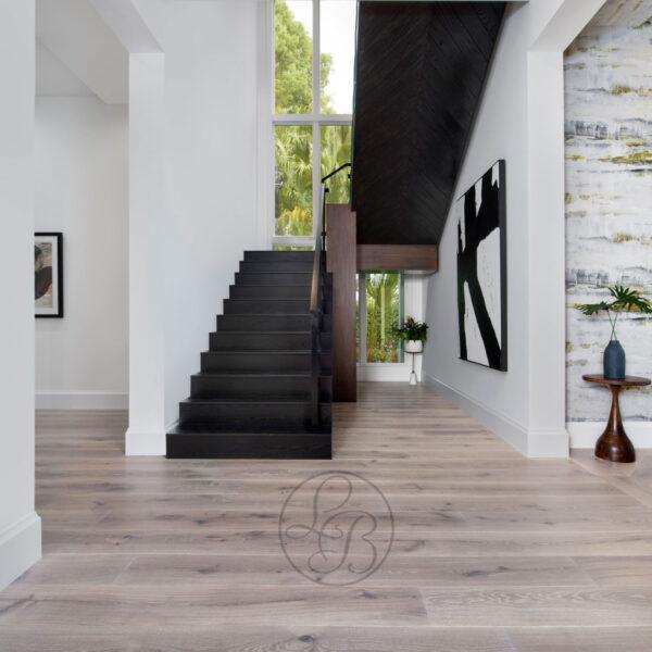 Dolce-Vita-Coreca-stairway