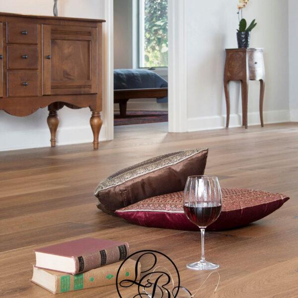 LF-Elisa-wine-glass