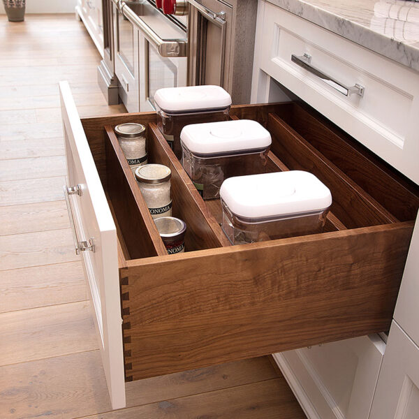 gallery-james-bloom-cabinetry-design-kitchen-storage-0717-17