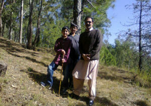 5-Me-and-kids-hiking-in-hills-2012-omer featured