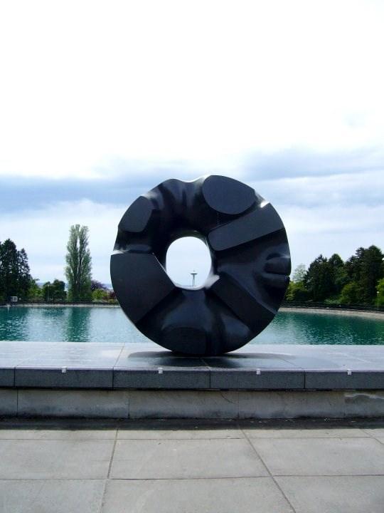 Noguchi's Black Sun sculpture in Seattle