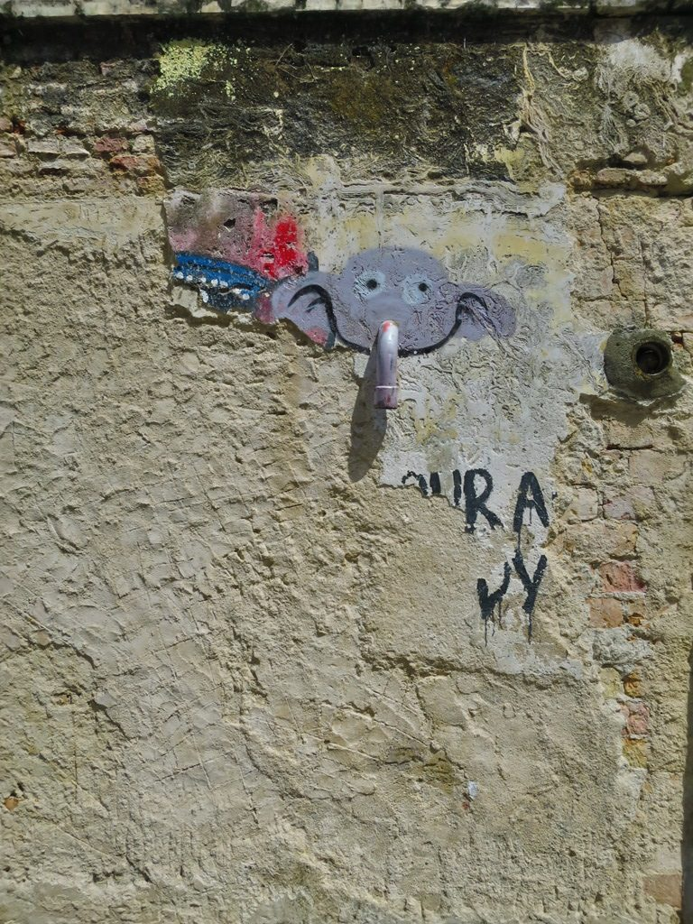 Elephant tap