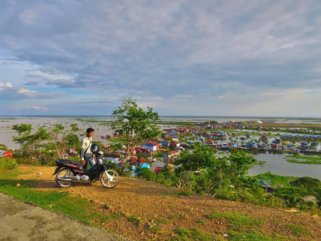 A Quiet Sunset Over Phnom Krom 1