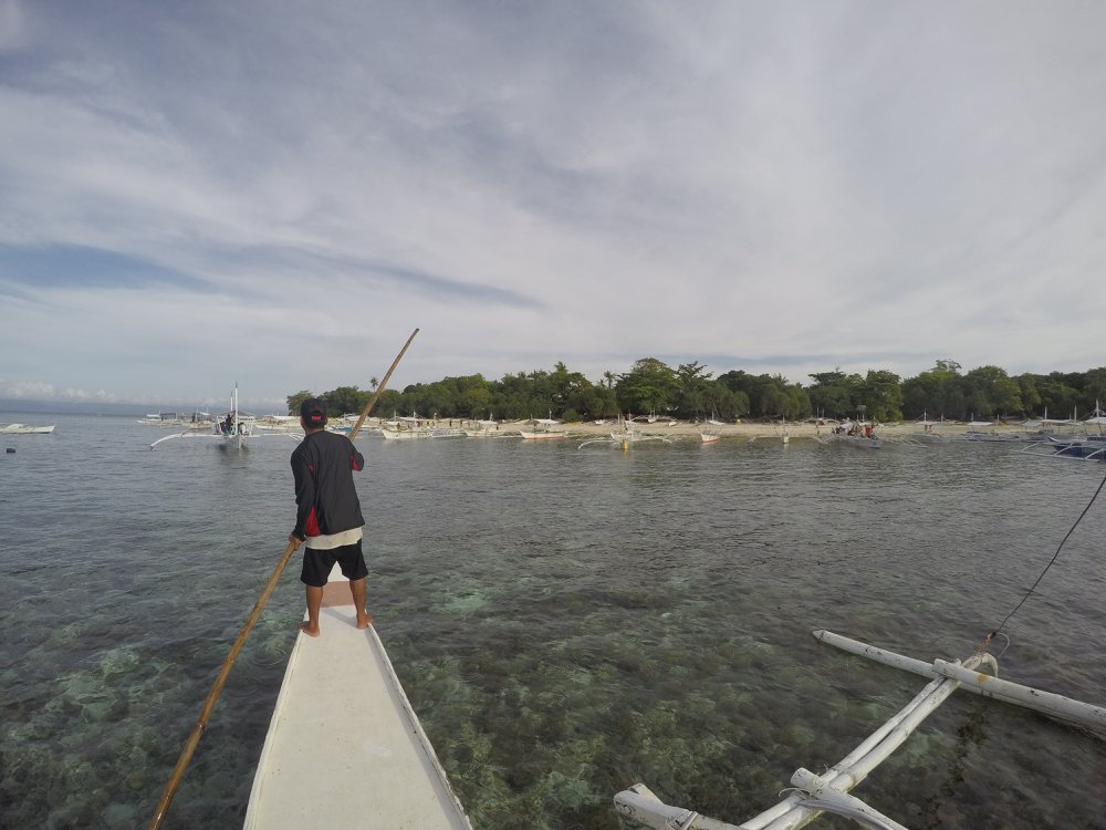 Island hopping tour from Bohol