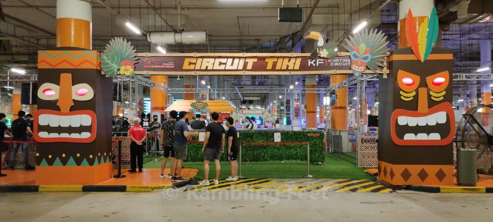 Circuit Tiki arch entrance