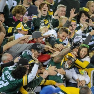 Tom Crabtree Lambeau Leap vs. Chicago bears