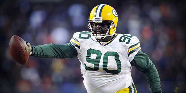 After turning down $8 million from the Packers earlier this year, B.J. Raji must decide if he wants a one-year $4 million offer.