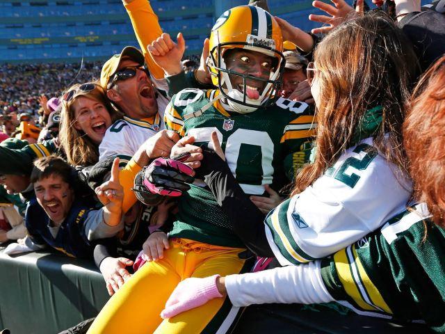 Green Bay Packers - Lambeau Leap