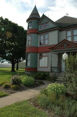 Newell Historical Society/Allee Mansion