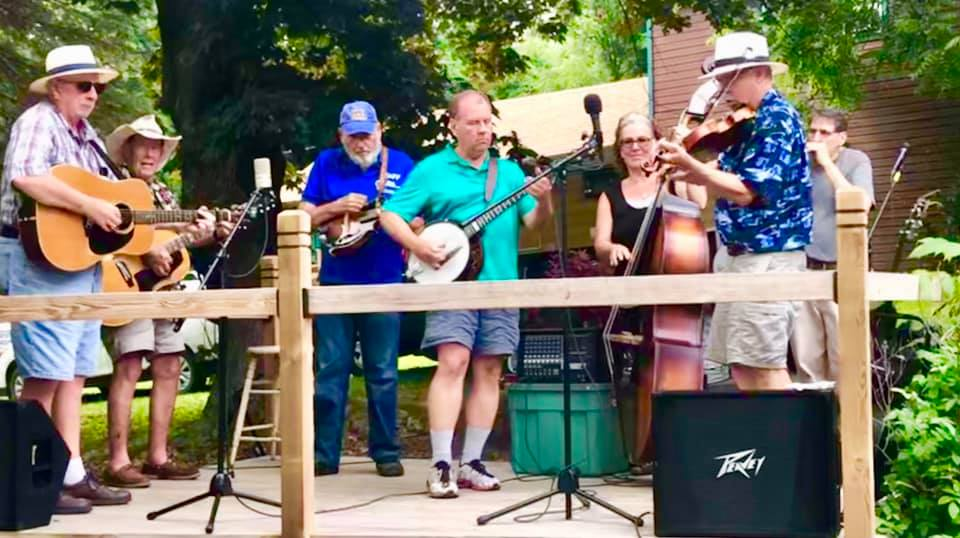 Bluegrass is back July 6th. And every other Tuesday 'til Sept! 5-7pm