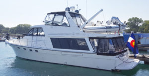 58' Bayliner Pilothouse - Canvas Enclosure by Chicago Marine Canvas