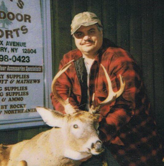 2001: Steve Sawn of Kingsbury, NY, 7-pointer, Hogtown, NY