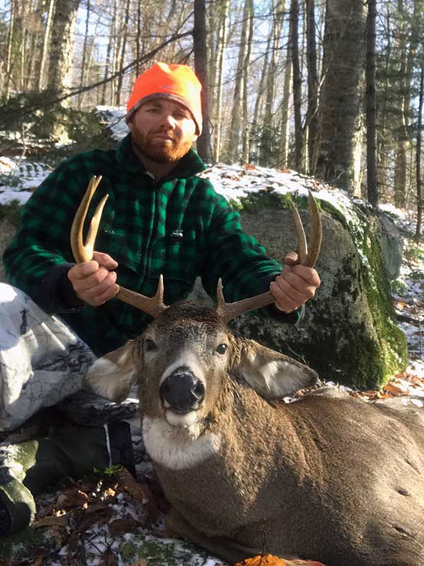 2019: Zachary Wakeman with a Herkimer County 8-pionter that sported a 7 5/16-inch spread.