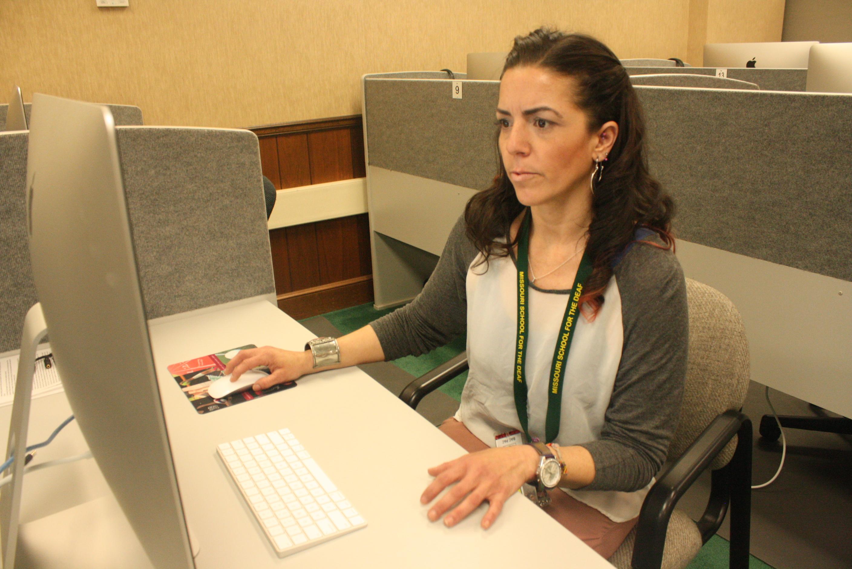 Kori Ross studying in ASL lab