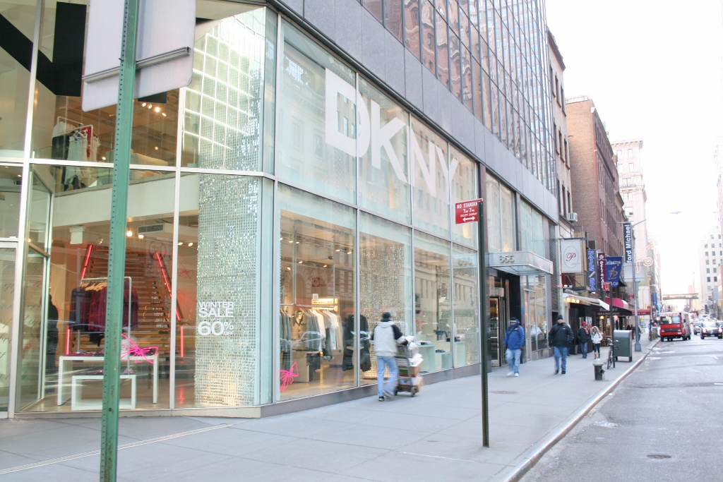 DKNY Madison 62 Store Facad Day (1024x683).jpg