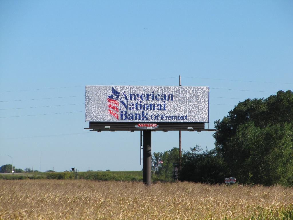 American National Bank of Fremont fullsize Pic 1 (1024x768).jpg