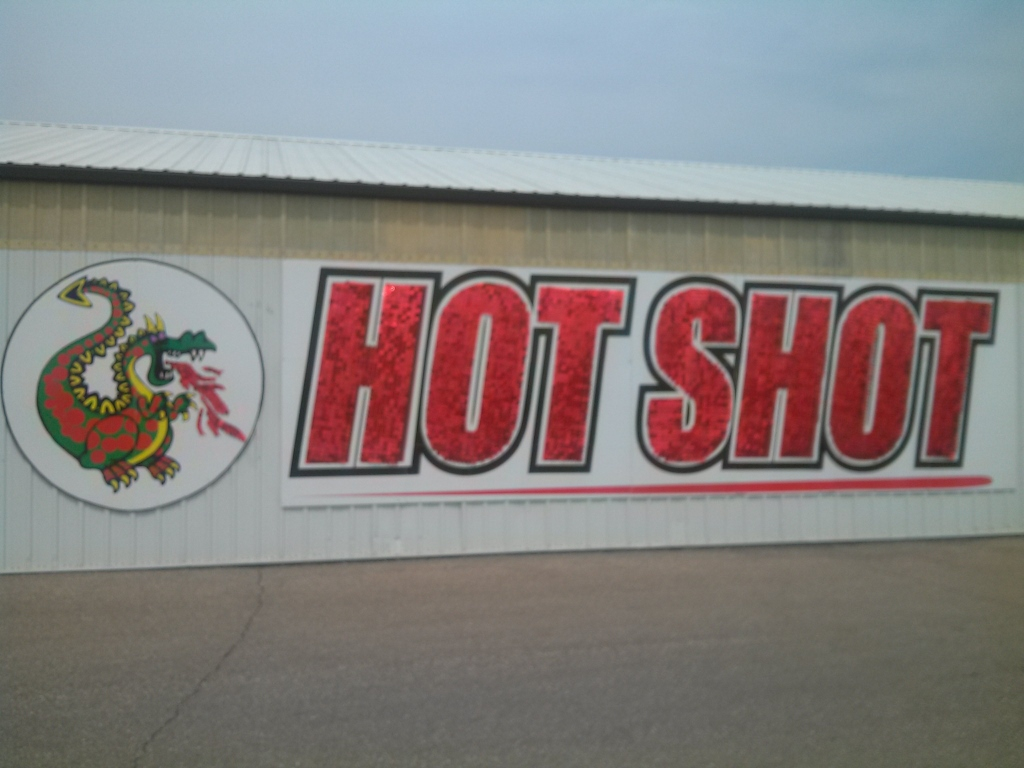 Fireworks Supermarket HOT SHOT sign zoom (1024x768).jpg